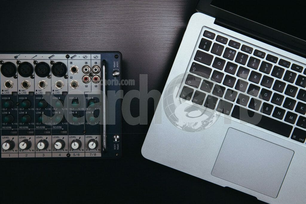 computer and soundboard for searchorb marketing free image page